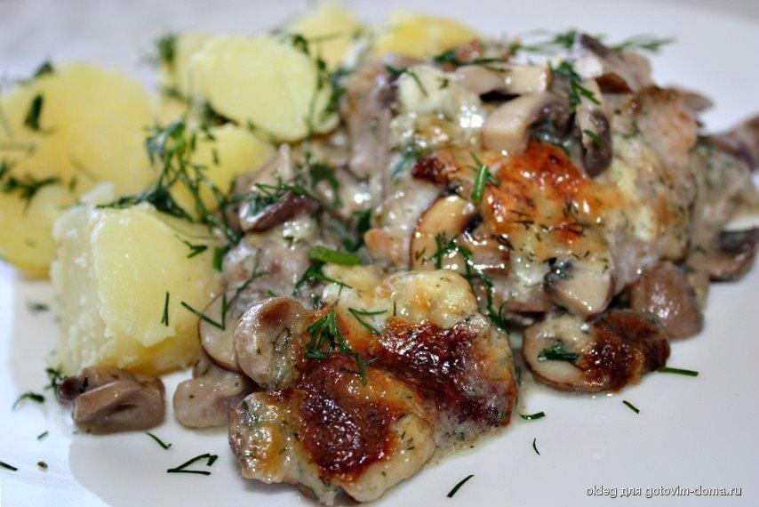 Свинина и грибами в сливочном соусе рецепт