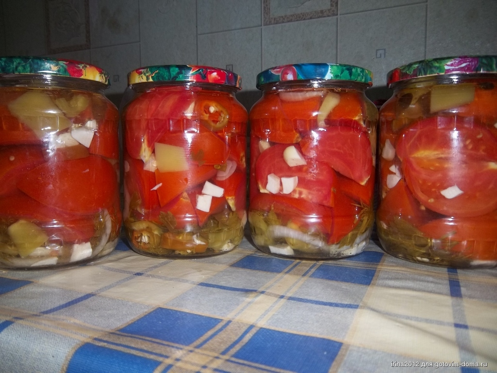 В этой статье мы представим вам лучшие, на наш взгляд, рецепты резанных помидоров на зиму.