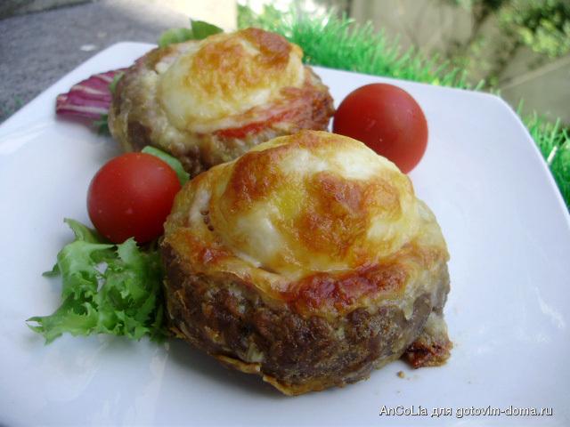 Гнездышки из фарша с яйцом и сыром в духовке рецепт пошагово