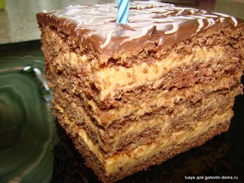Бисквитный торт с кремом из вареной
