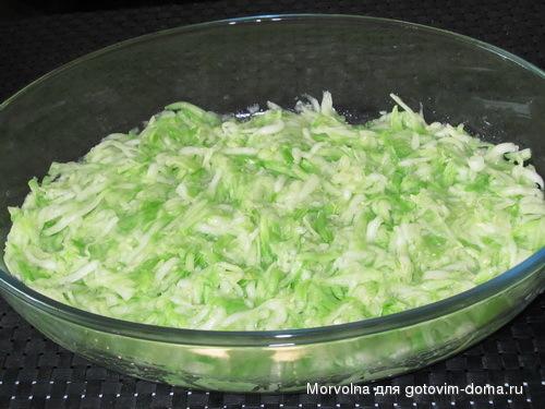 Запеканка с фаршем кабачками и рисом
