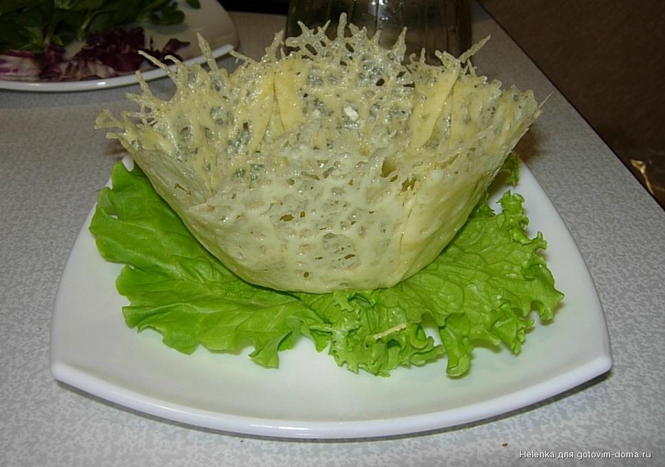Рецепты салатов в сырных тарелках