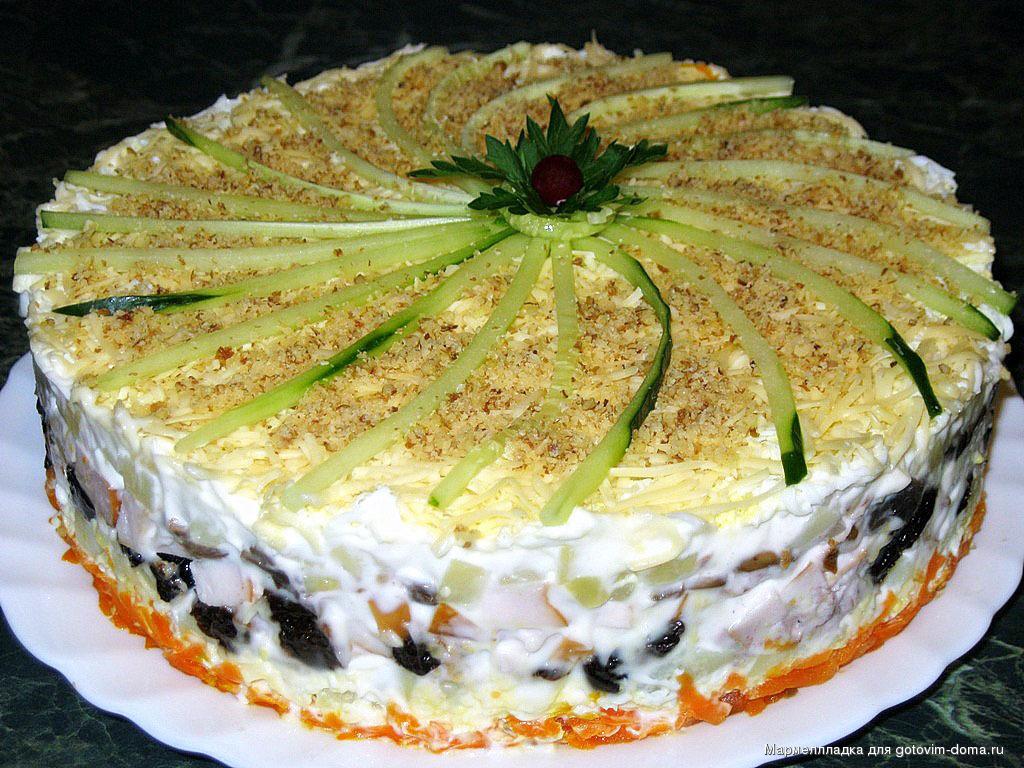 Салат с тортов