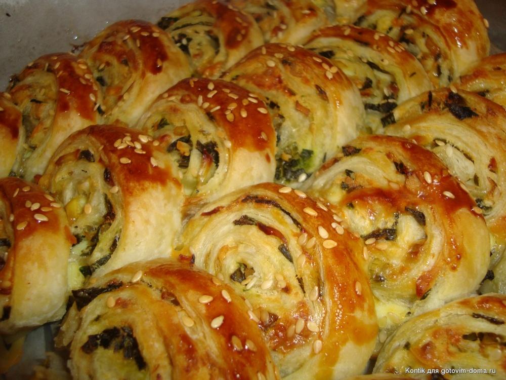 пирожки слоеные с луком и яйцом рецепты с фото