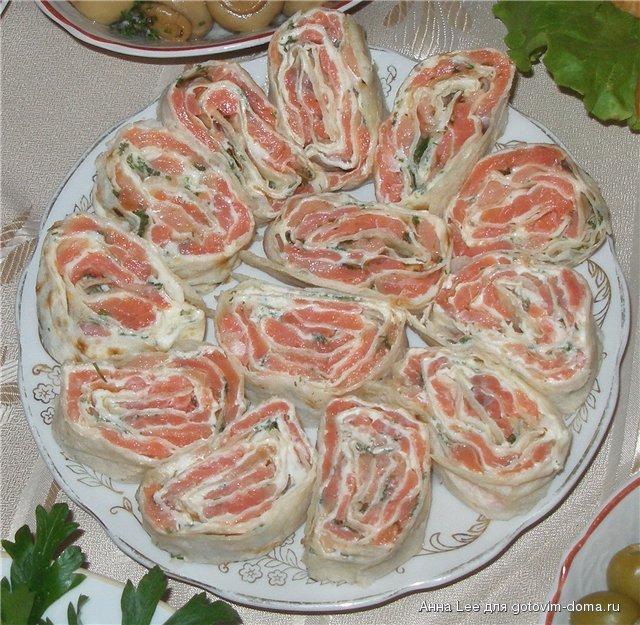 Ингредиенты: 2 лаваша (армянских) 200-300 г семги (малосоленой) 200-300...