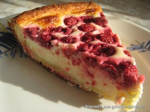 Рецепт заливного пирога с ягодами и сметаной