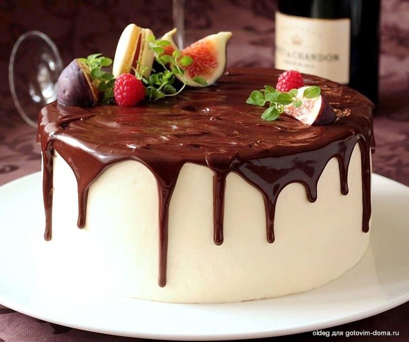 рецепт бисквитный торт со взбитыми сливками рецепт с фото