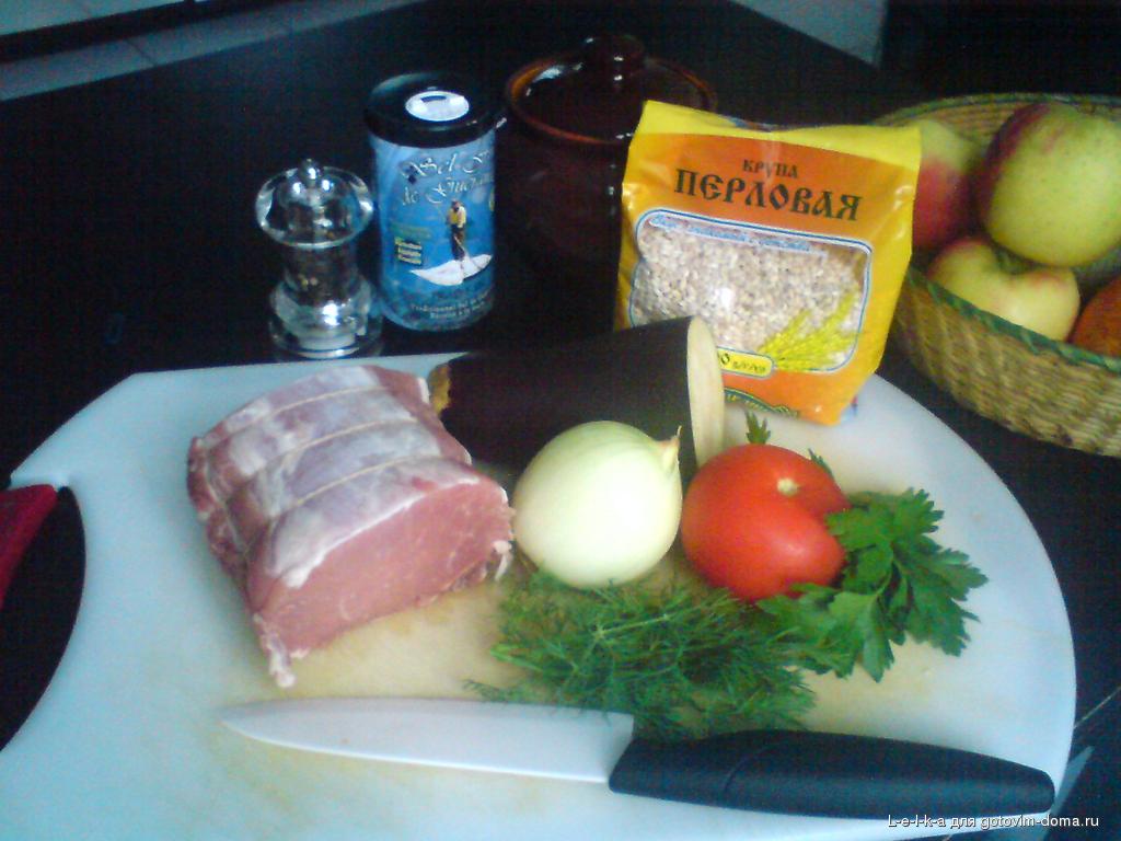 Простое блюдо из свинины в духовке