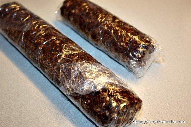 Колбаса из сухофруктов