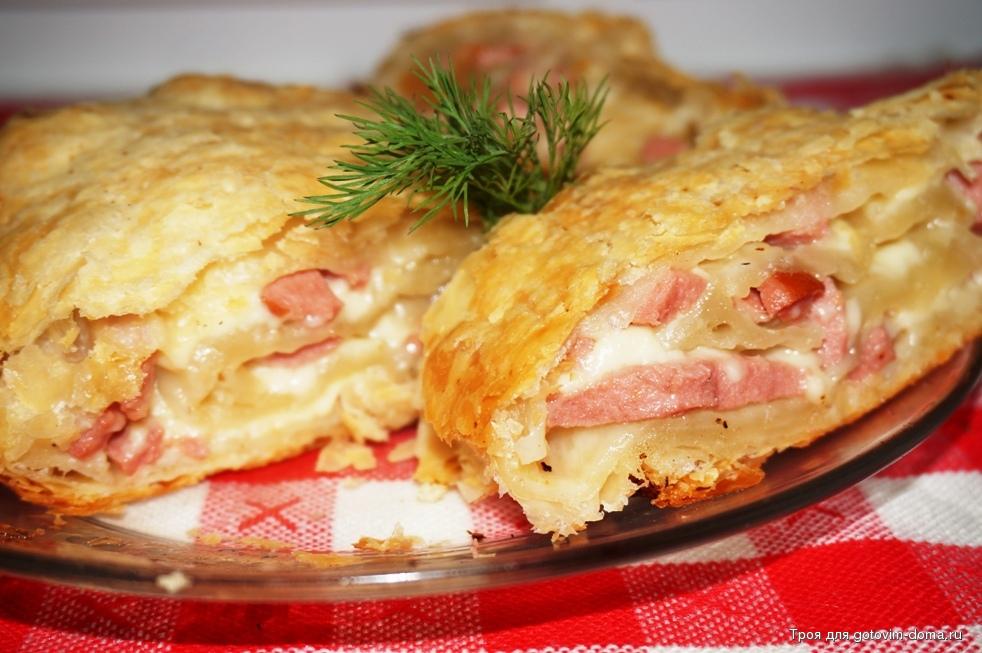 Рецепт слоек с сыром и колбасой