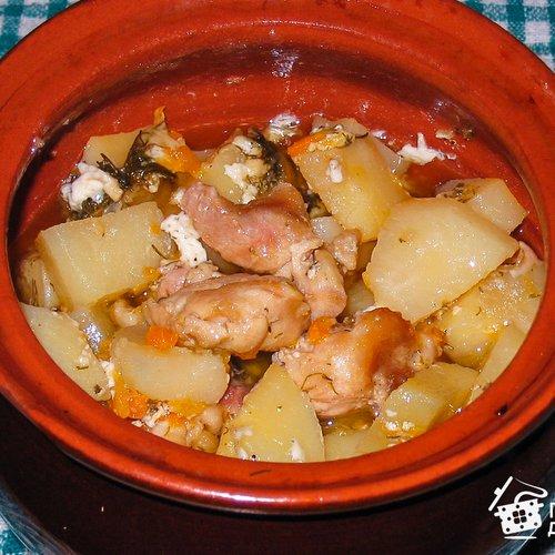 Курица с фасолью в горшочке рецепт