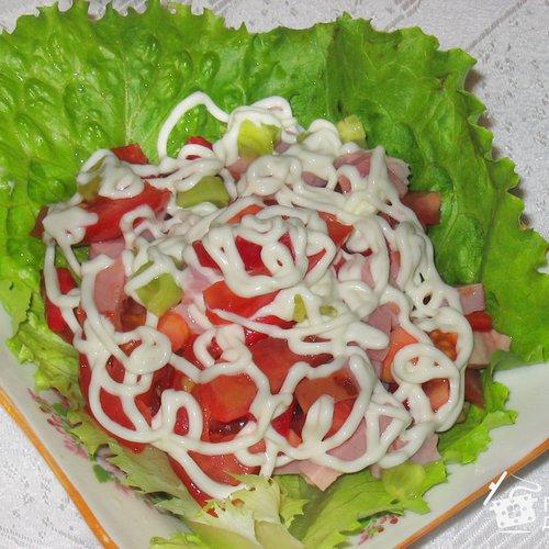 салат фото рецепт с копченым мясом
