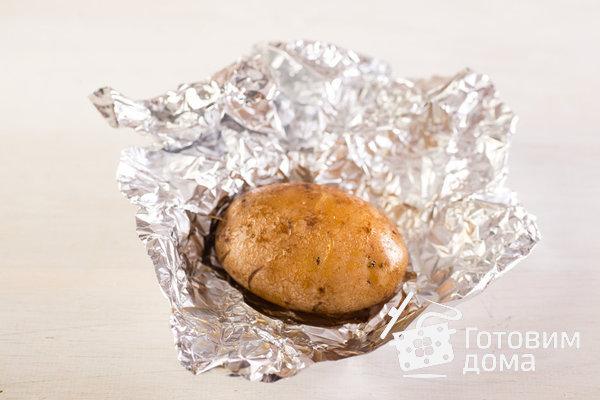 Запеченный картофель со сметанно-чесночным соусом фото к рецепту 3