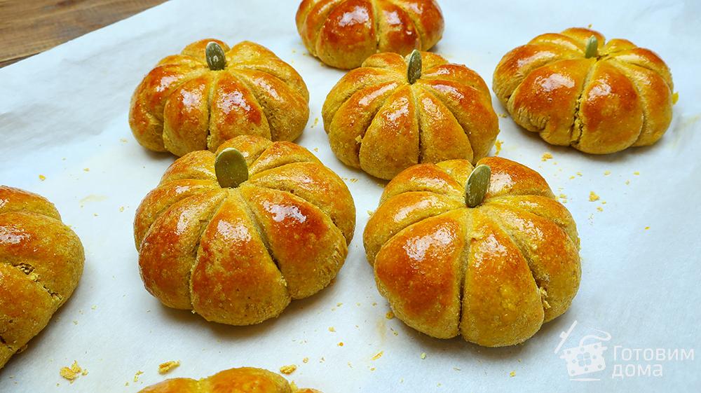 Тыквенные булочки с начинкой и семечками - пошаговый рецепт с фото на Готовим дома
