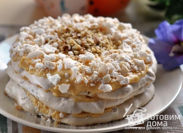 Торт ореховый с безе