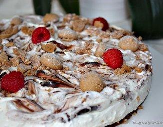 Торт из пряников с заварным кремом