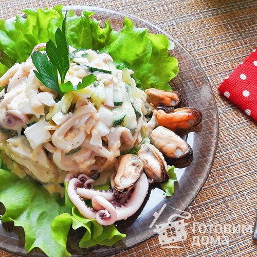 рецепт салата из морского коктейля