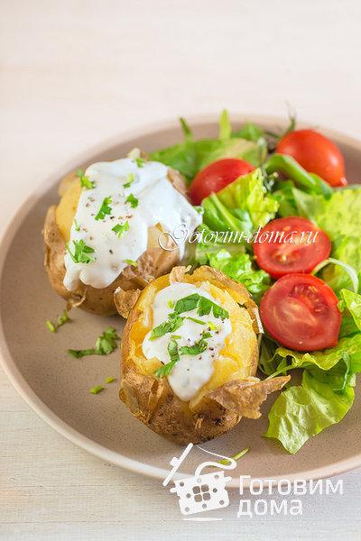 Запеченный картофель со сметанно-чесночным соусом фото к рецепту 5