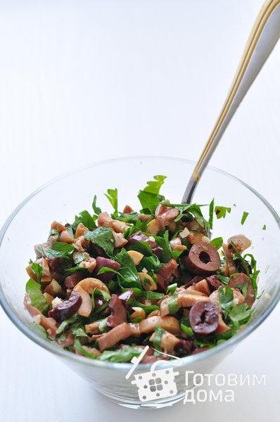Рулетики из свинины с оливками, зеленью и чесноком фото к рецепту 2