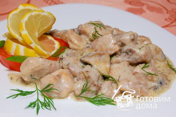 Курица с белыми грибами в сливочном соусе