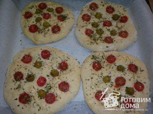 Домашняя фокачча с оливками и помидорами - рецепт пошаговый с фото