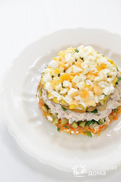 салат из курицы с грибами маринованными пошаговый рецепт