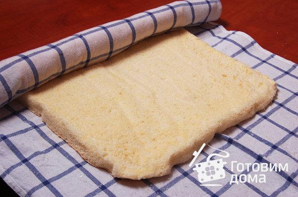 """Торт """"Очарование"""" (бисквит со взбитыми сливками и фруктами) фото к рецепту 5"""