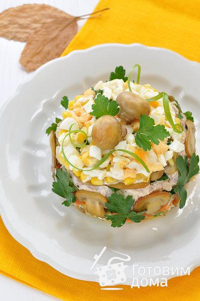 """Салат """"Осенний"""" (с курицей, грибами и маринованными огурцами) фото к рецепту 14"""