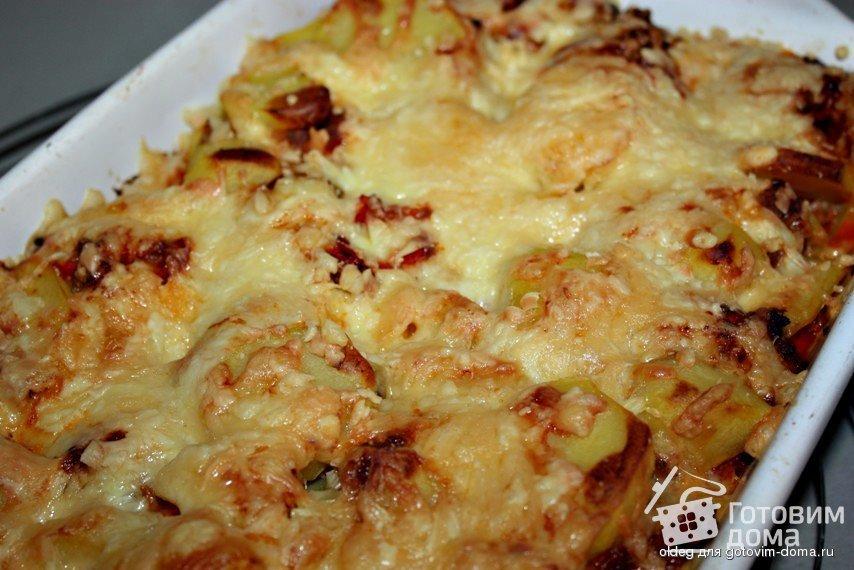 картошка в мультиварке с фаршем и сыром