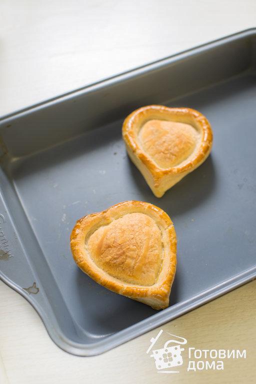Слоеные сердечки с жюльеном из креветок - пошаговый рецепт с фото на Готовим дома