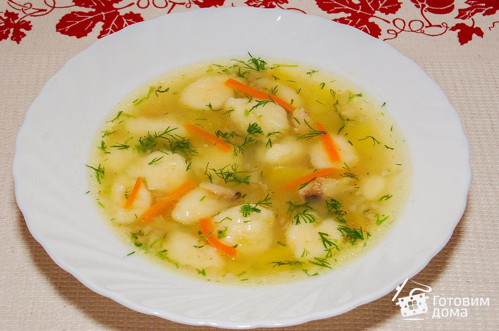 Суп с клецками куриный