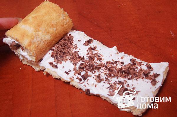 """Торт """"Очарование"""" (бисквит со взбитыми сливками и фруктами) фото к рецепту 12"""