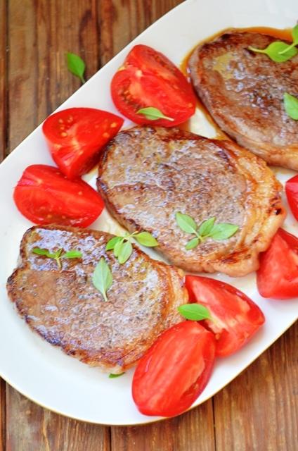 Стейк из мяса приготовить дома