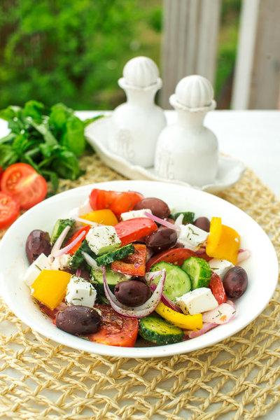 Салат Греческий фото к рецепту 4